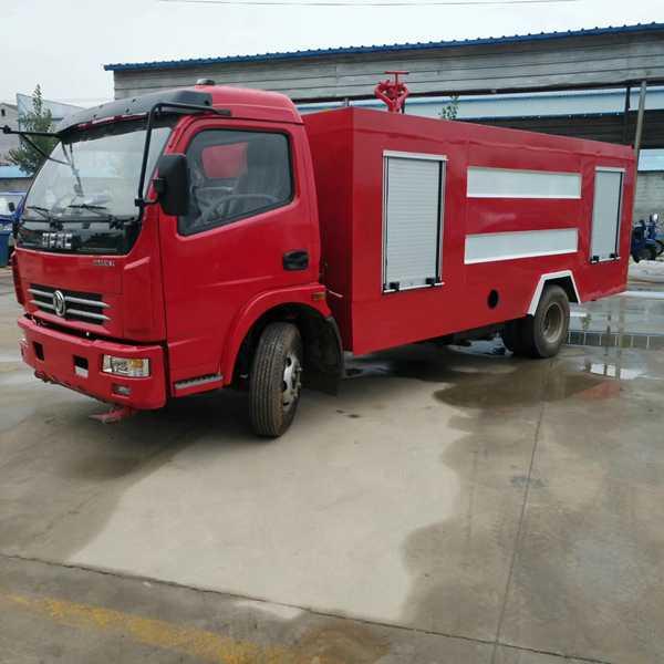 5吨二手水罐消防车多少钱一辆 5方消防车价格