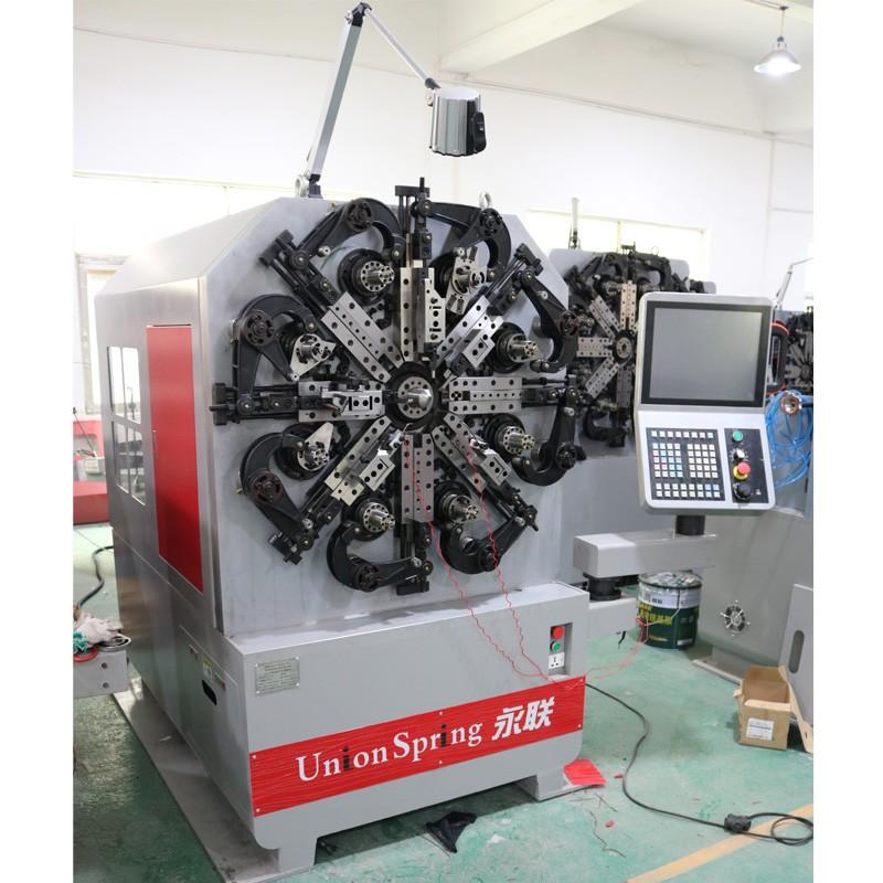 大小压簧成型机