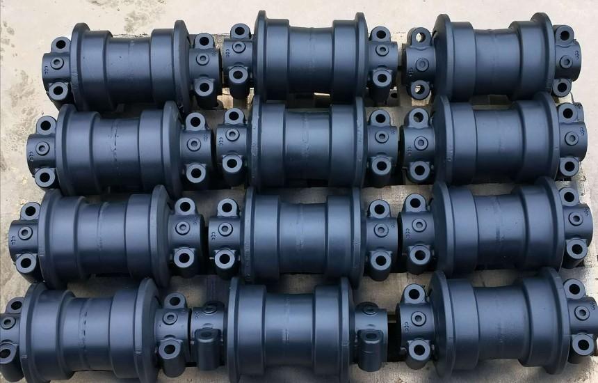 挖掘机支重轮  pc200    pc300 pc400   pc45