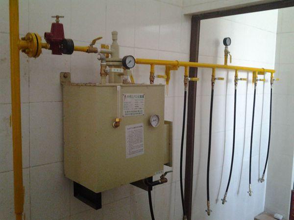佛山市燃气管道50kg香港中邦汽化器安装工程