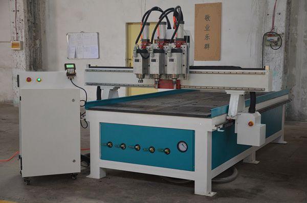 济南1325数控气动三头三工序自动换刀木工雕刻机