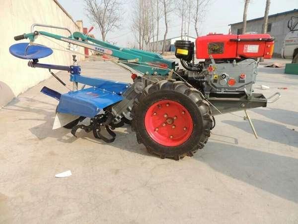 柴油动力 牵引驱动型手扶拖拉机 操作灵活 一机多用