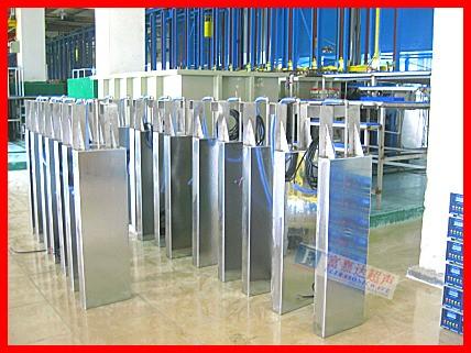 超声波投入式振板深圳富嘉达超声波设备优质供应清洗机清洗设备