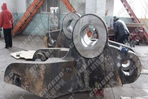 泊头铸造厂生产锻造机夹臂 质量有保证