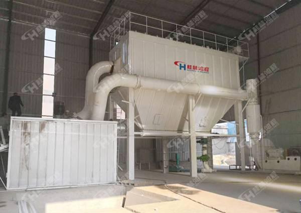桂林矿山机械超细环辊磨HCH1395超细锂辉石微粉磨盘磨粉机