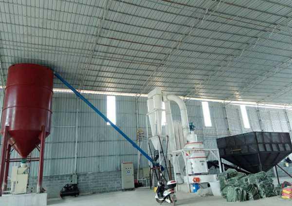 HCQ改进型磨粉机 鸿程新款雷蒙磨 高效升级粉碎机