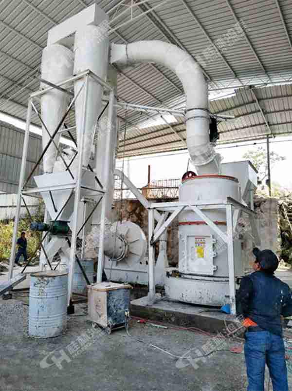 高压悬辊雷蒙磨 HC系列纵摆磨粉机 锆英砂雷蒙磨
