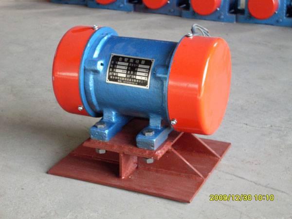 ZF系列仓壁振动器--新乡宏达振动器报价