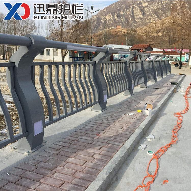 桥梁灯光护栏|不锈钢桥梁灯光护栏价格多少钱一米