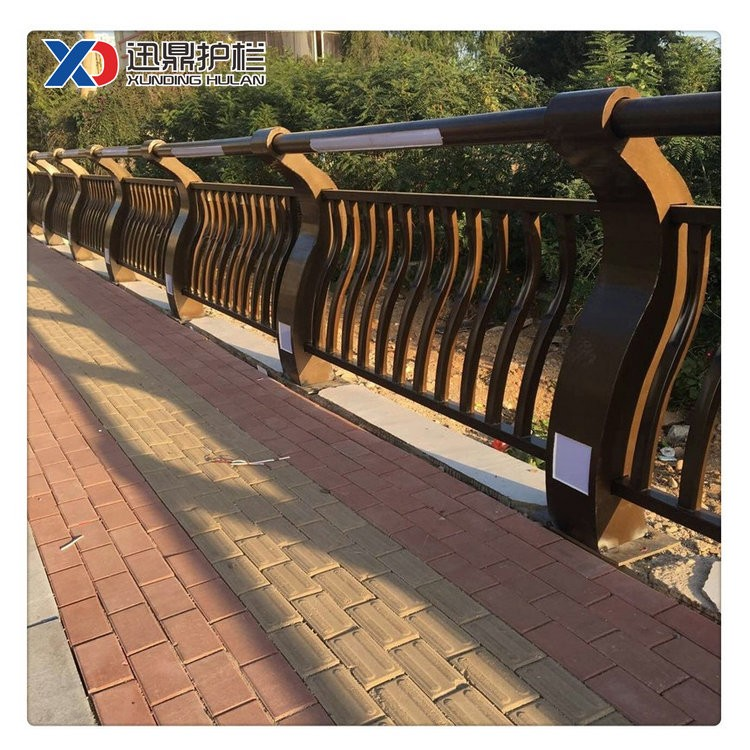桥梁防撞护栏|不锈钢桥梁防撞护栏价格多少钱一米