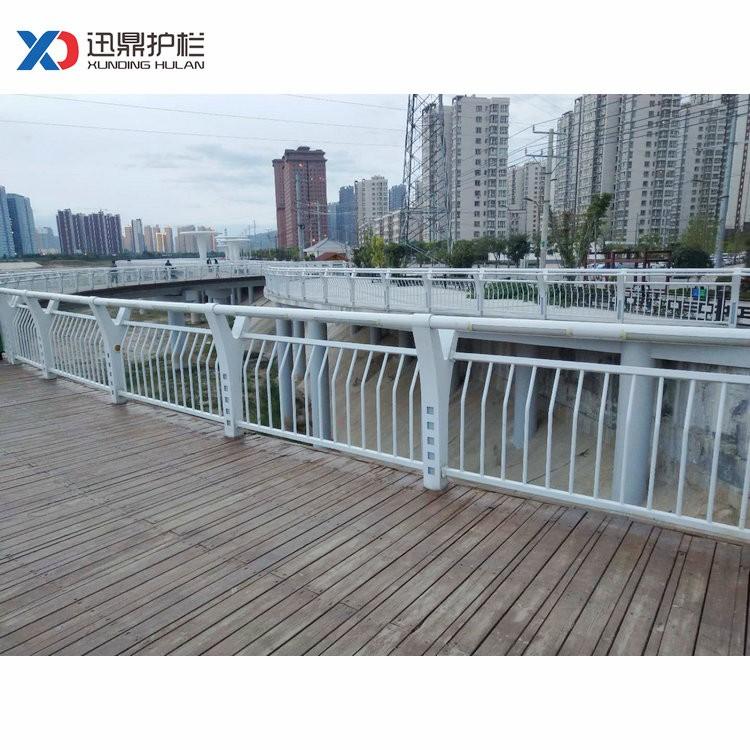 水池塘防护栏杆|水池塘防护栏杆价格多少钱一米