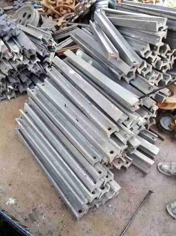 专业生产矿用刮板 各种型号规格 刮板机配件 可加工定制矿用刮板