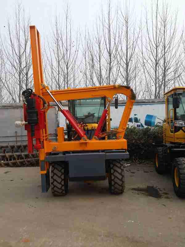 生产供应装载机护栏打桩机  液压护栏立柱打桩机现货