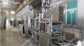 出售8成新杭州中亚灌装机