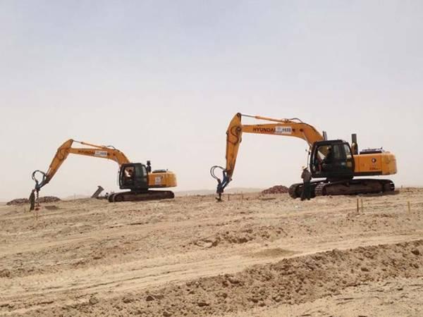 挖掘机钻孔机 挖掘机打桩机河北霸州厂家生产