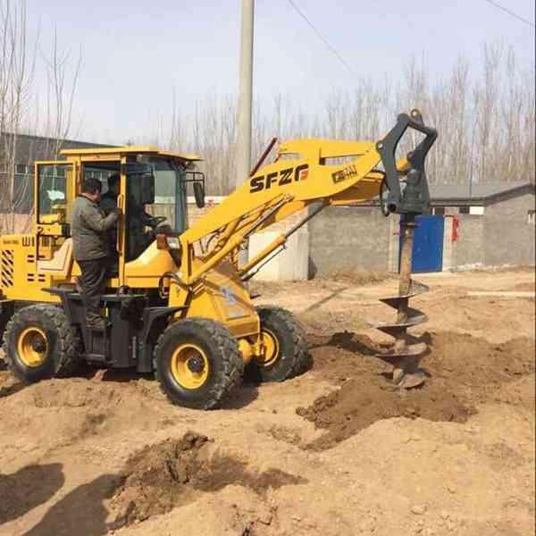930型装载机钻孔机 电线杆挖坑机里德厂家直销