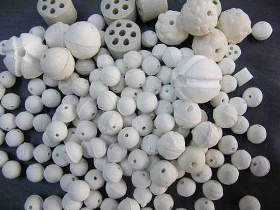氧化铝开孔瓷球/瓷柱