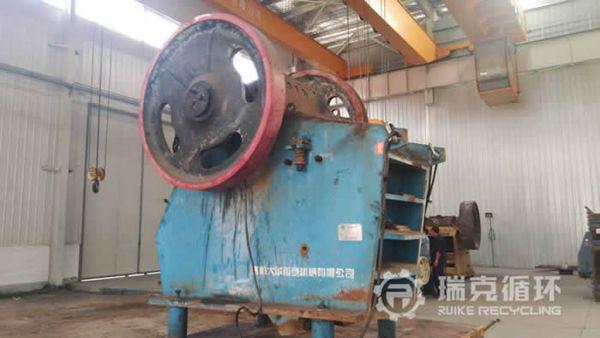 出售一台二手ASD-V3625颚式破碎机