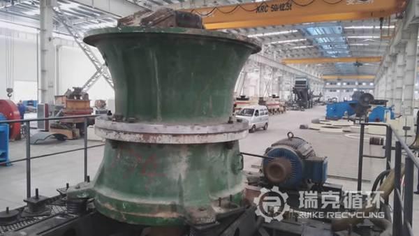 出售二手南矿CC220S圆锥破碎机一台