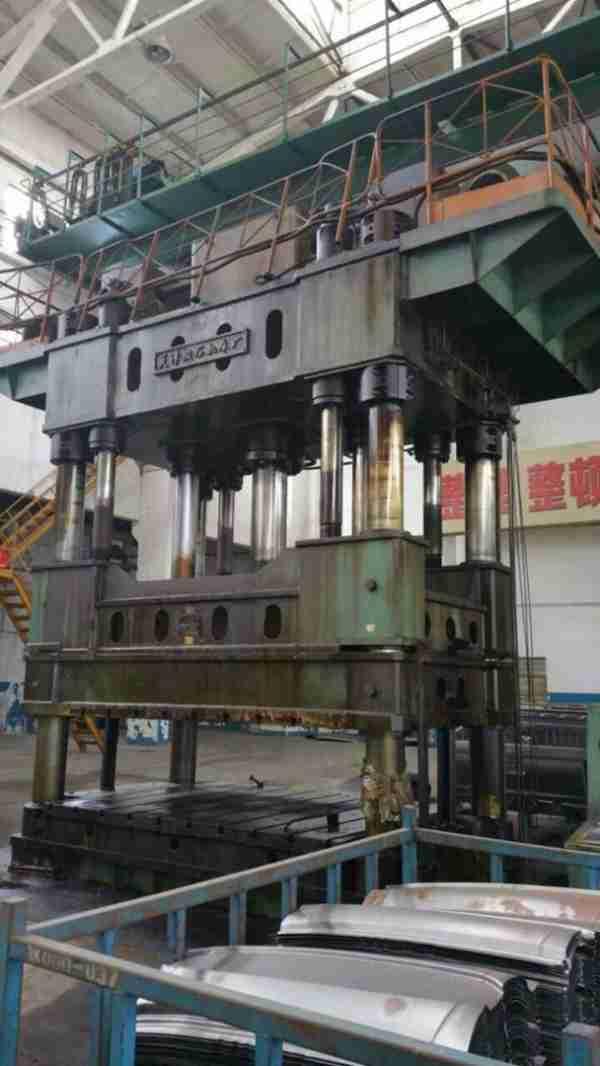 低价出售:二手天津产Y28-500t双动簿板冲压液压机/液压机