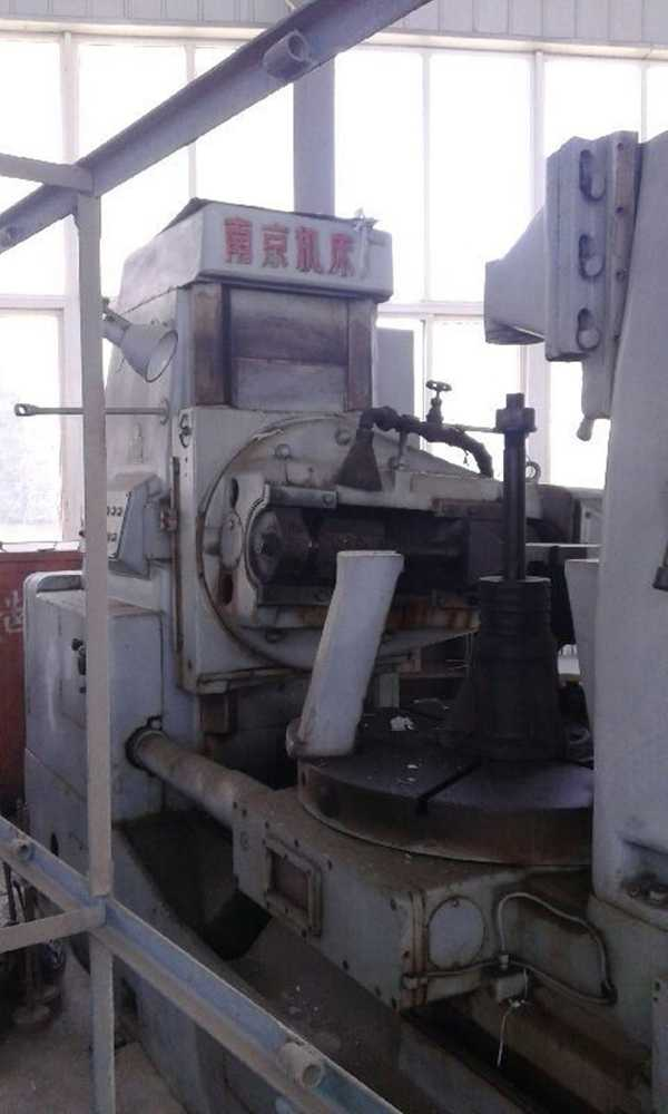 低价出售:二手南京产YN31125/M16滚齿机