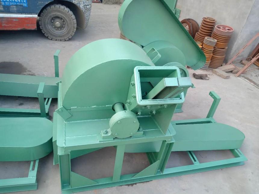 钦州庆辉机械热销树枝粉碎机_木材粉碎机_木屑粉碎机_效果好