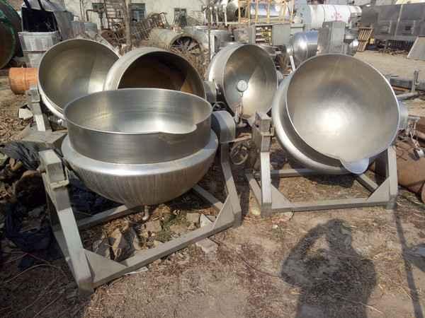 销售九成新夹层锅,蒸汽夹层锅,不锈钢蒸汽电加热夹层锅