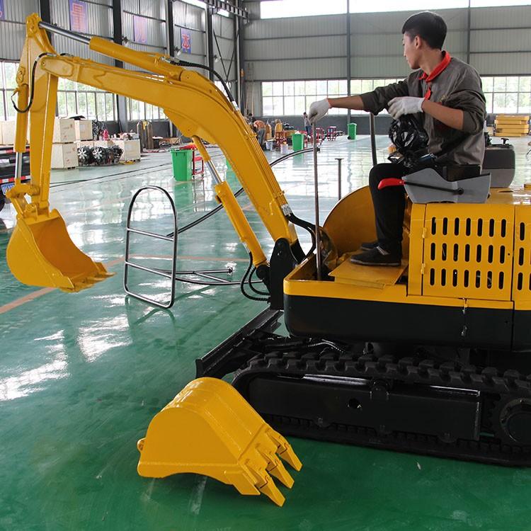 小型履带挖掘机 方便操作农业挖掘机 国产挖掘机 全国联保