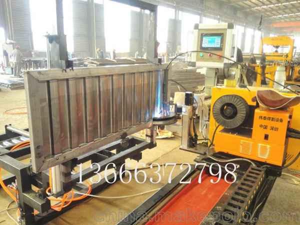 瓦楞板焊接机 挂车箱板焊接设备 激光自动焊 自动焊接机设备