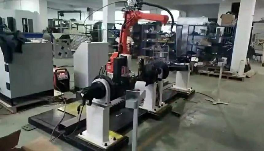 营口滑块罩小船焊接机器人工作站