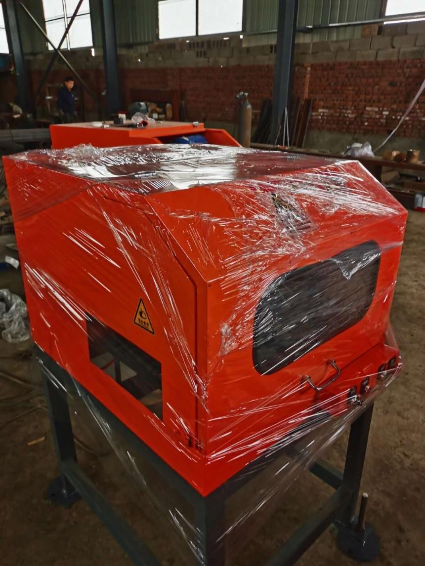 厂家供应钢筋打磨机  钢筋端头打磨机     钢筋头磨平机     数控钢筋头打