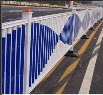 南宁市隔离栏供应生产护栏介绍批发价格