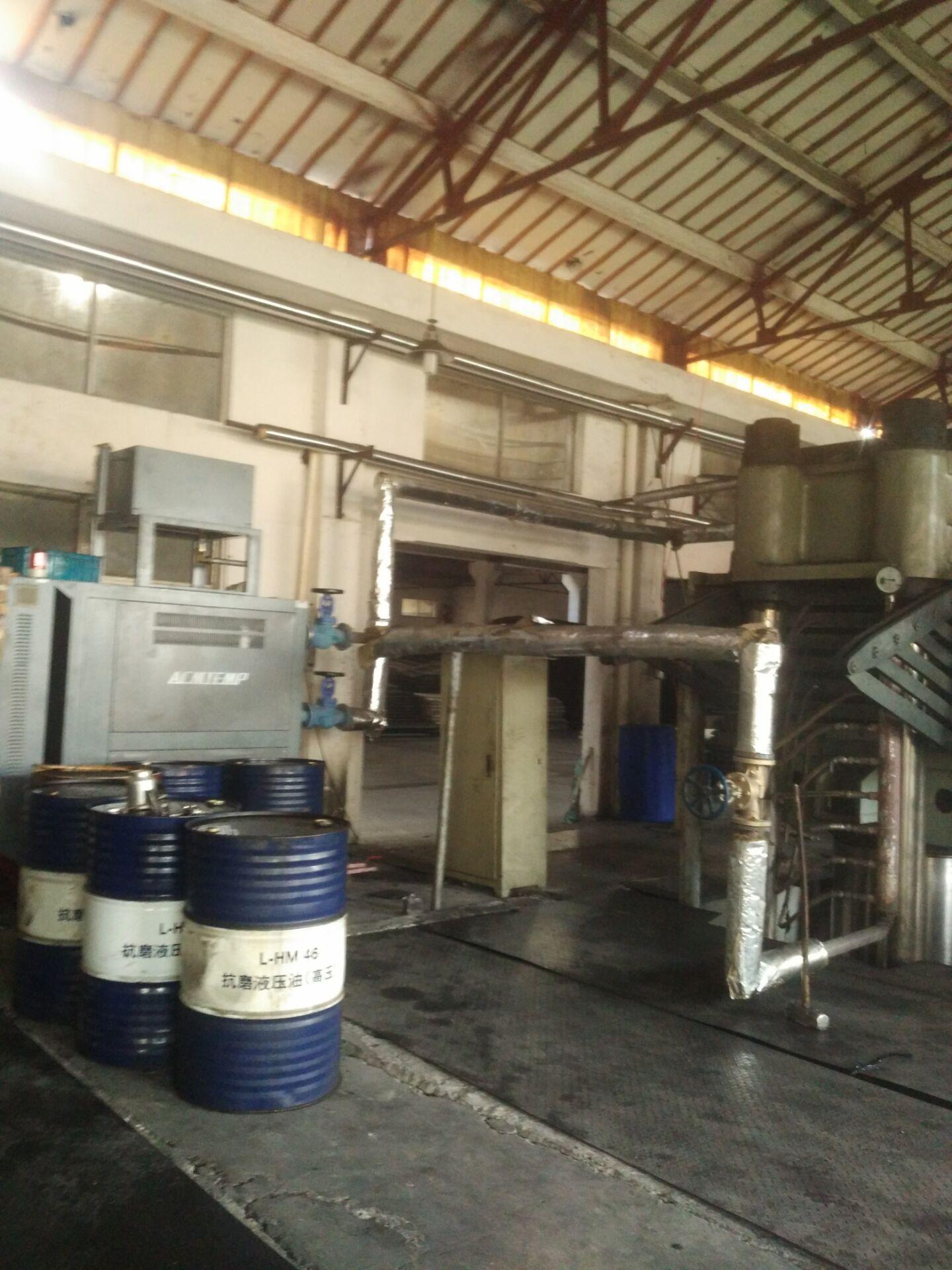 江苏高光模温机生产厂家,苏州阿科牧精机,常州阿科牧加热机
