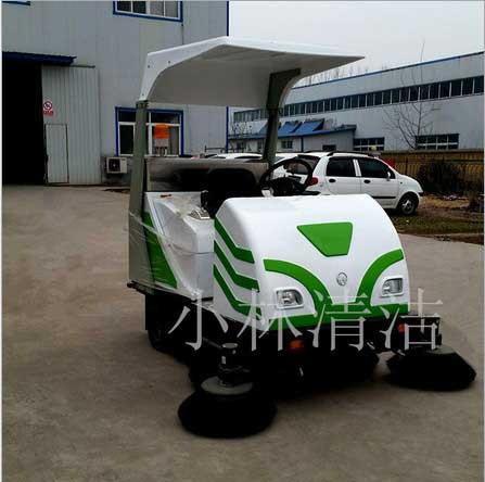 山东小林XL-1750电动清扫车质量好,扫地车好不好用,小林清洁