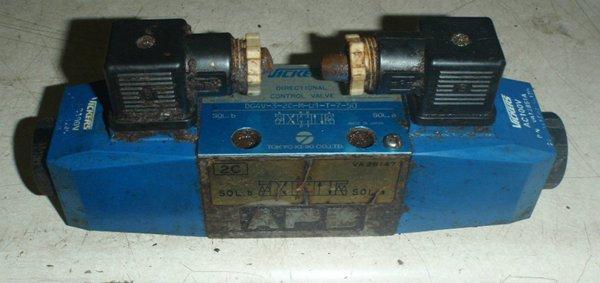 TOKIMEC电磁阀  DG4V-5-0C-M-PL-T-6-40