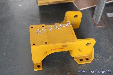 供应山推SD16推土机配件台车架支架价格低