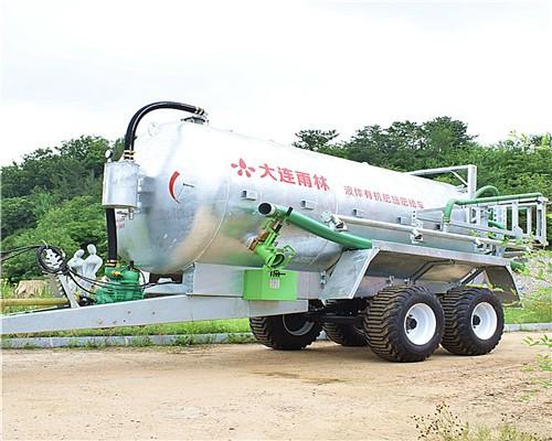 厂家供应大型沼液厩液施肥机 液态肥施肥车 禽畜粪污抛洒车