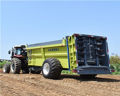 大连厂家直销大型抛粪机 牛羊粪扬粪机 有机肥撒肥车