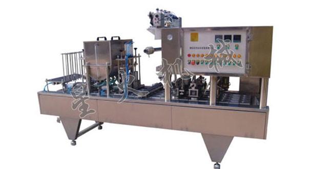 石家庄猪皮冻灌装封口机,星火全力打造一流的灌装封口设备