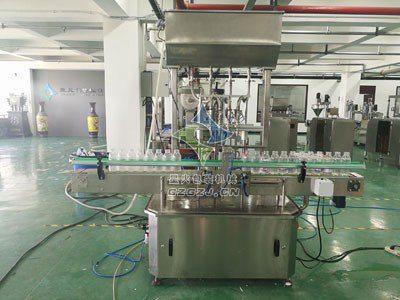 制动液灌装机/北京现代悬浮液灌装机为你保驾护航